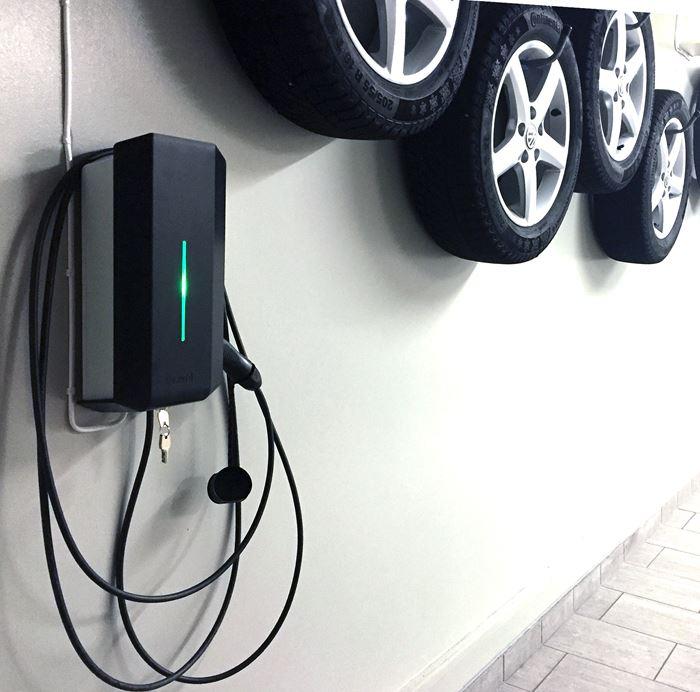 Garo installerad på vägg jämte bildäck